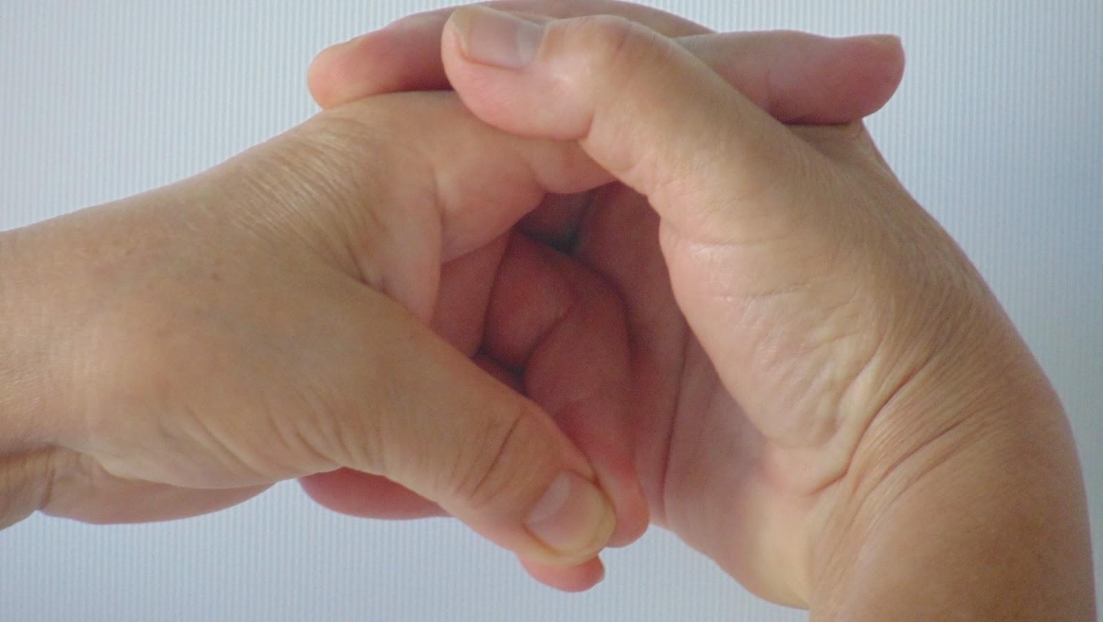 gyógyítja a mudrákat ízületi fájdalmak esetén