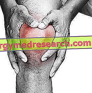 hogyan lehet enyhíteni az akut térdfájdalmakat)