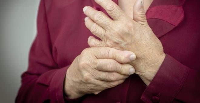 a kéz ujjai nagyon fájnak