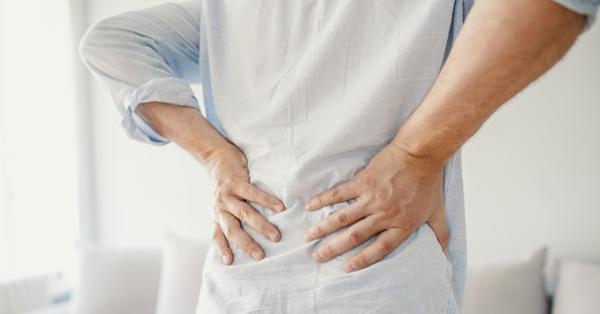 a csípőízület folyadékának okai és kezelése