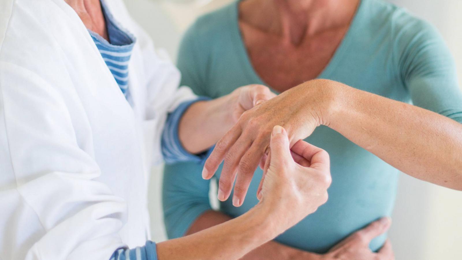 hogyan kezeljük az ízületi gyulladást diszlokáció után