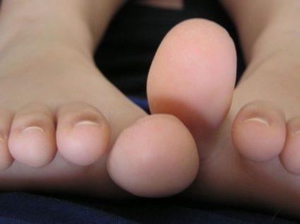 melegítő kenőcsök a lábak ízületeire a kicsavart láb fáj az ízületről