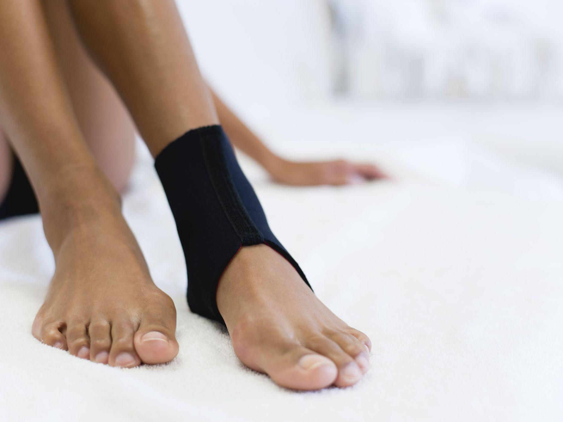 mit kell tenni, ha fáj a vállízületek csukló diszlokáció kórtörténet