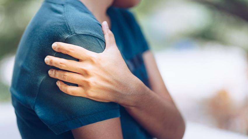 áttört fájdalom a vállízületben