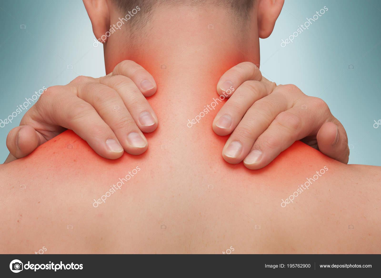 vállízület fájdalma felhúzáskor)