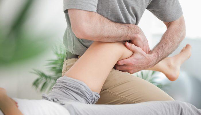 a vállízület ízületeinek sérüléseinek tünetei)