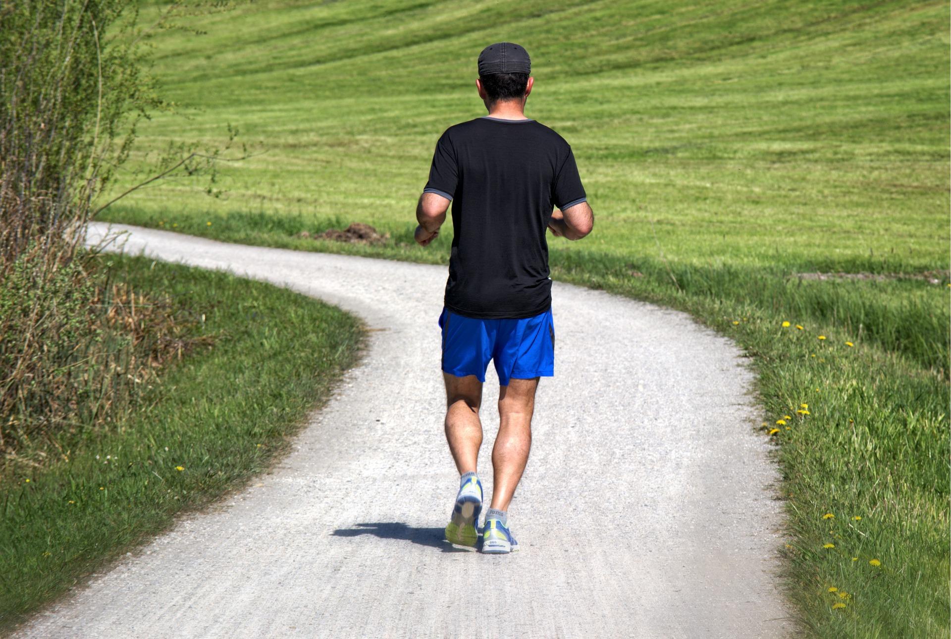 a csontok ízületei fájnak fájdalom a lábak ízületeiben futás után