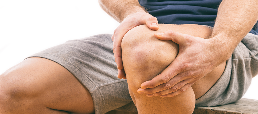 a térdízület fájdalma lehetséges járni