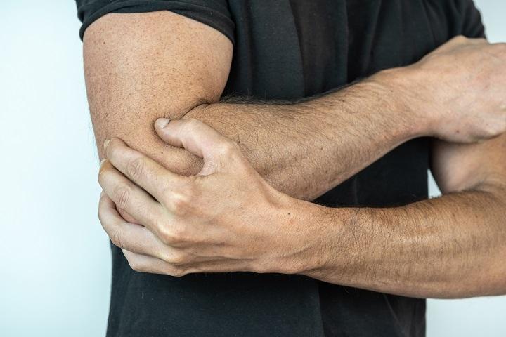 fájdalom és bizsergés a kéz ízületeiben