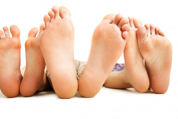 hogyan lehet kezelni a lábak felnőtt izületeit az erőemelő ízületek fájdalma