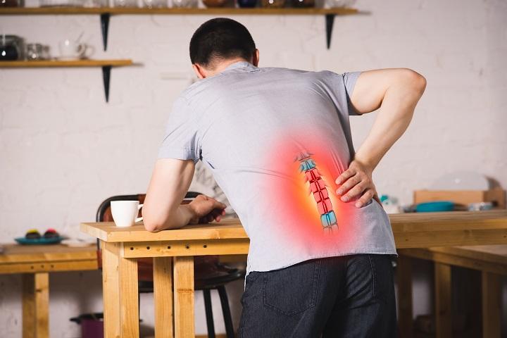 A gerincsérv (porckorongsérv) tünetei