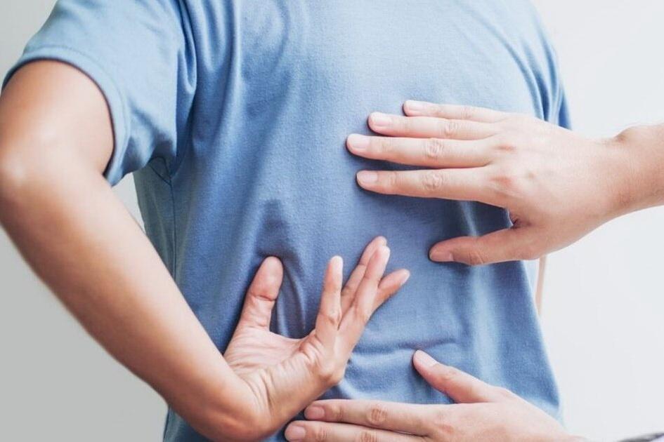 fáj a hátam gyakori kérdések ízületi fájdalom a lábakban a szülés után