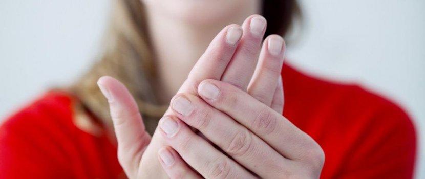 mehevíthetem a kezem ízületi gyulladással