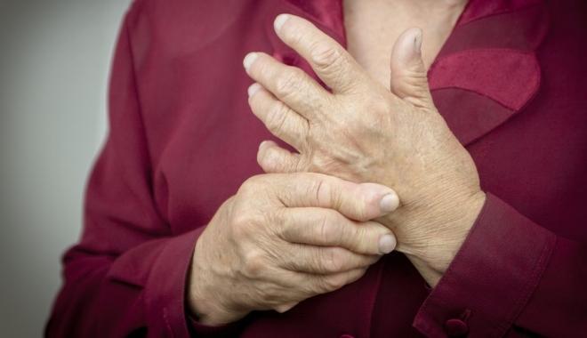 ízületi gyulladás az ujján a kezelésre)