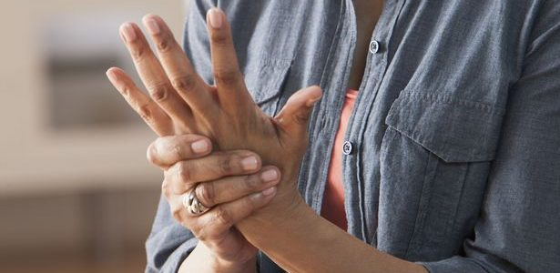 a lábízületi gyulladás kezeléséről hogyan kezeljük az ozokerit kezében lévő kis ízületeket