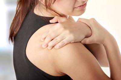 ízületi és izomfájdalom hőmérsékleten)